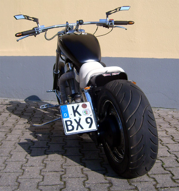 customizing custombikes vs 1400 suzuki intruder. Black Bedroom Furniture Sets. Home Design Ideas